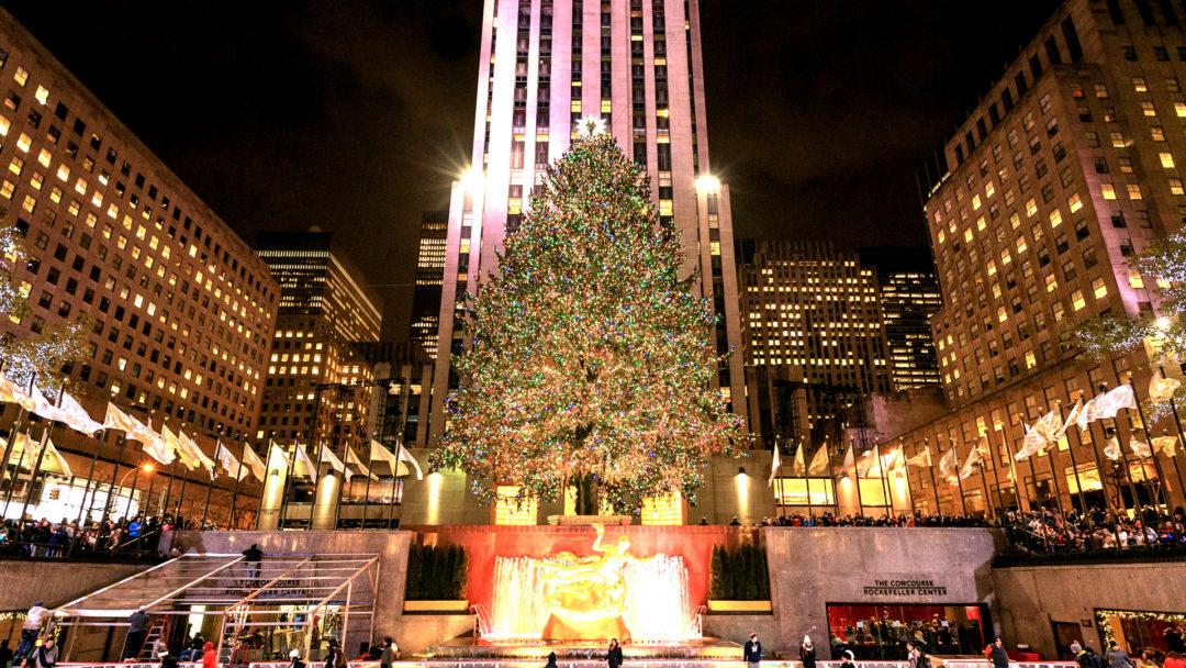 & 2016 Rockefeller Tree Lighting: a New York Tradition